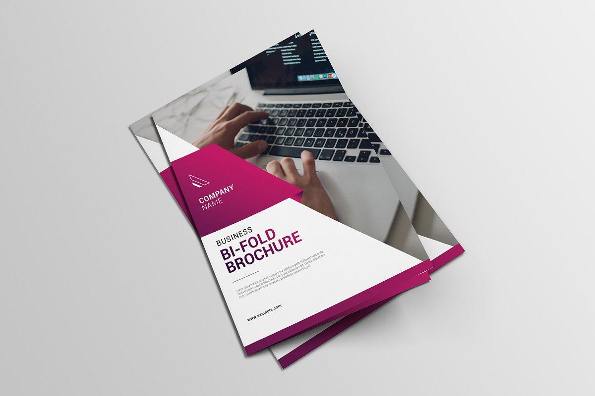 Bi Fold Brochure Template Photoshop from www.decolore.net