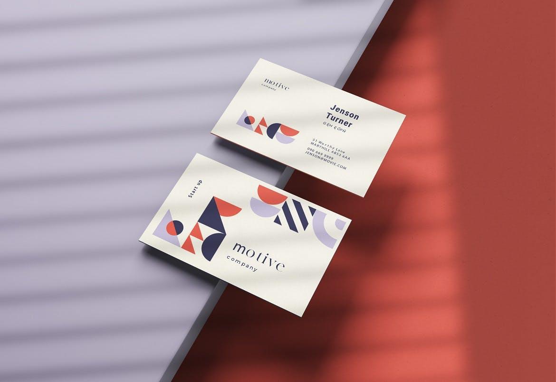 3-psd-business-card-mockup