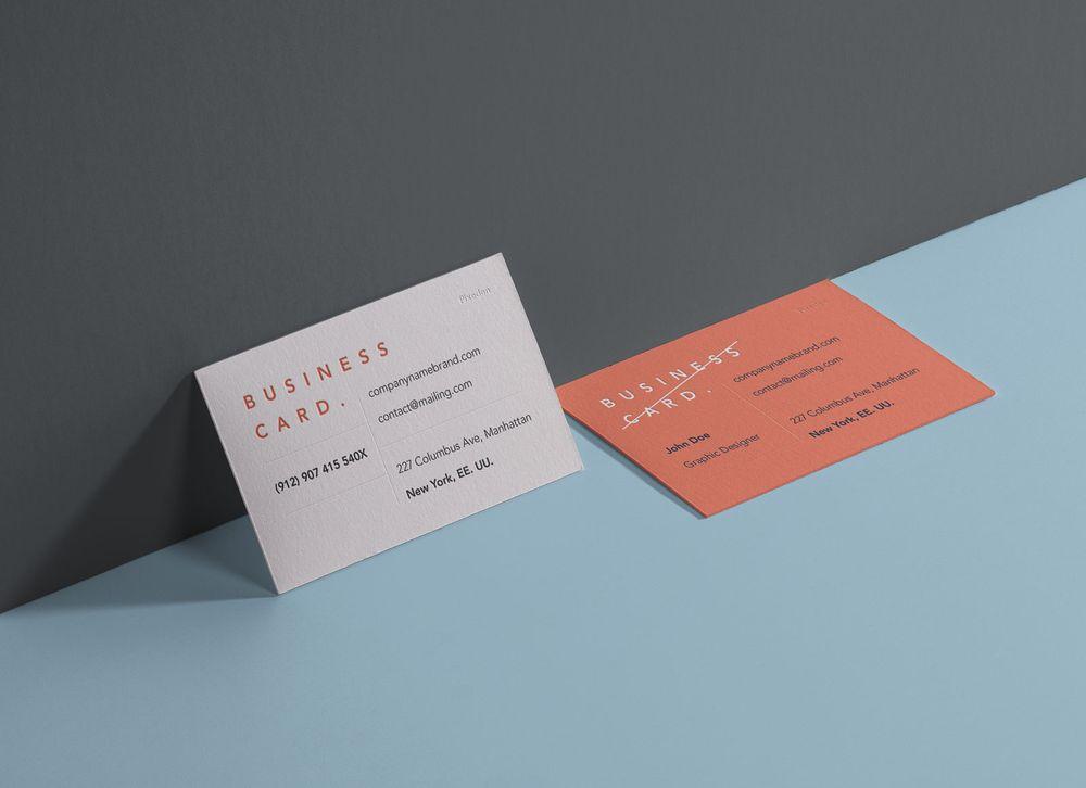 Free-Landscape-Front-Back-Business-Card-Mockup-PSD