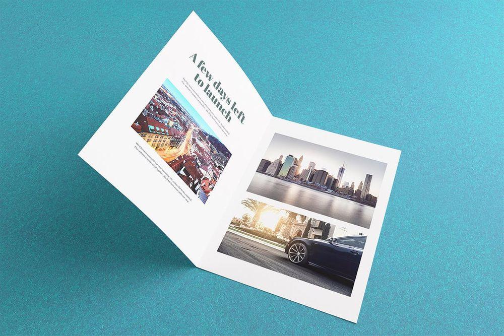 bi-fold-brochure-flyer-mockups